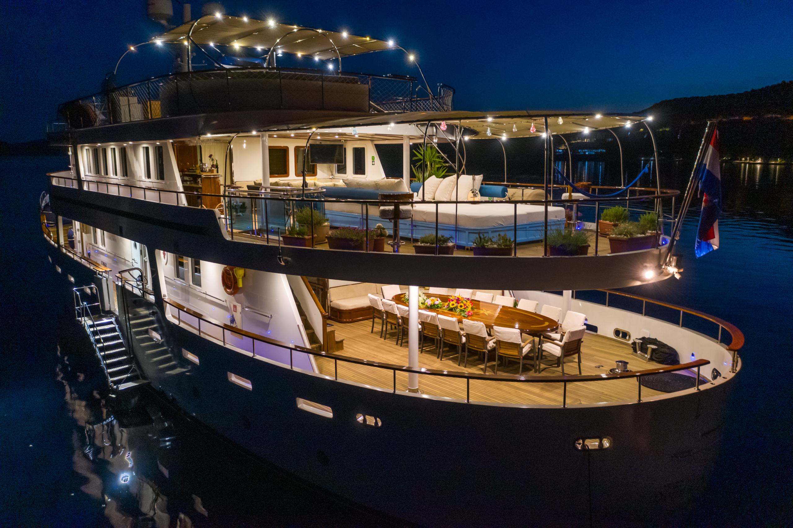 Donna-Del-Mare-Aegan-Yacht-For-Charter1