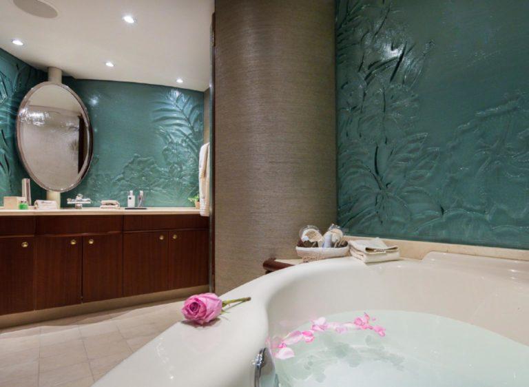 Yacht-Brazil-for-charter-croatia-master-bath