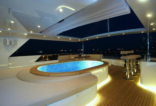 Yacht Tatiana sun deck pool
