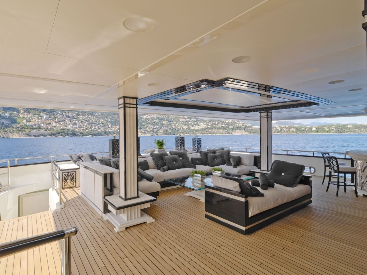 Silver-Angel-Benetti-Yacht-For-Charter-Main-deck-aft