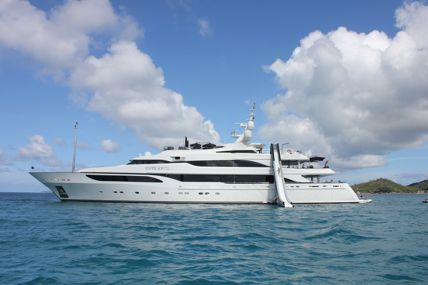 Silver-Angel-Benetti-Yacht-For-Charter-Watertoys