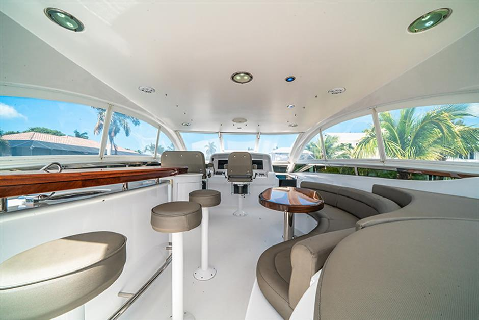 Lazzara Motor Yacht ENDLESS LOVE For Sale